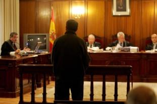 El interrogatorio del acusado en juicio, por favor, el último